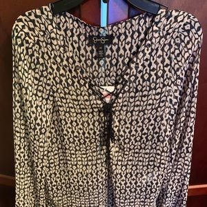 NWT JESSICA SIMPSON JUNIORS PATTERN BLOUSE XS